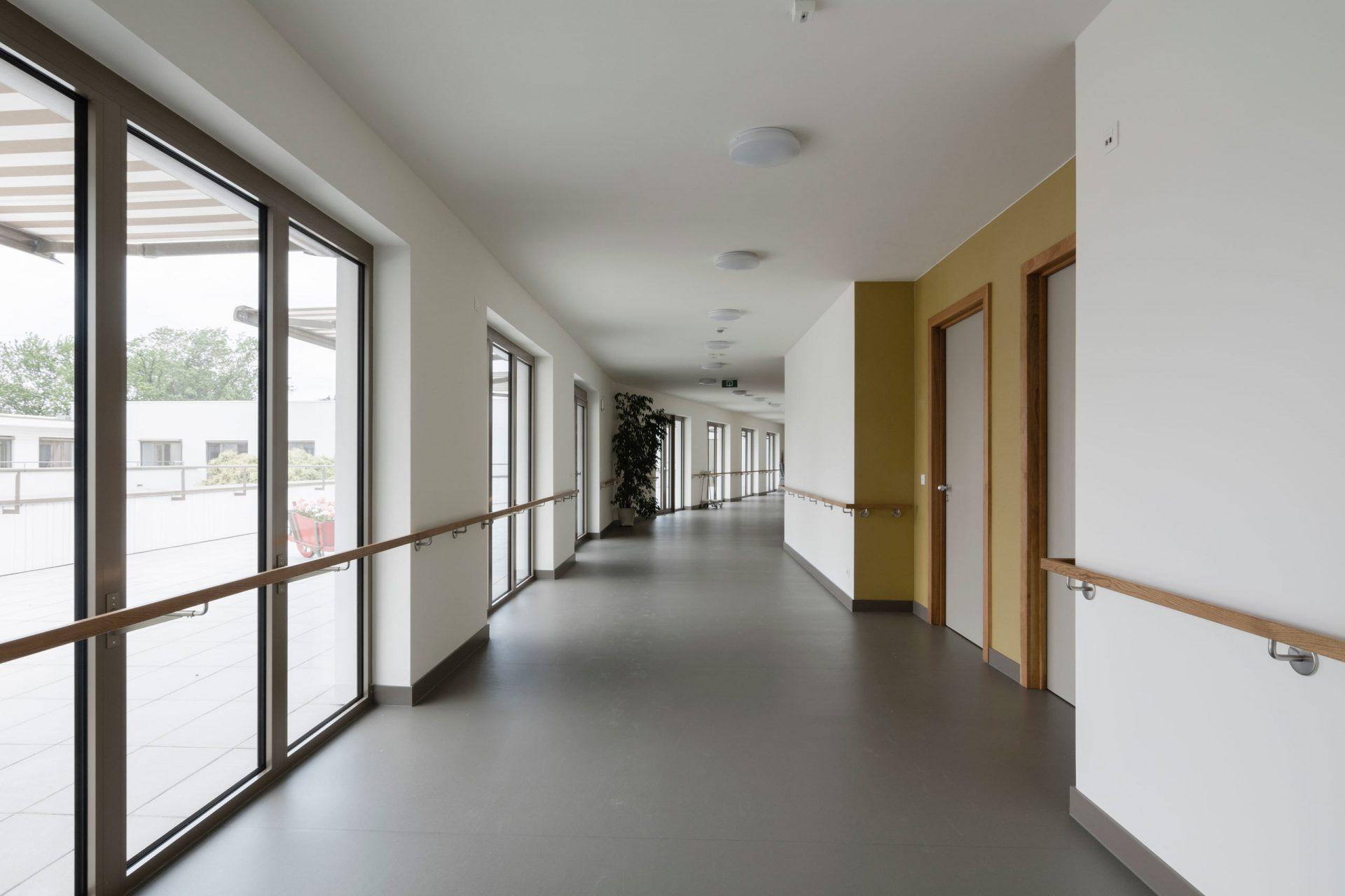 Machelen Corridor Terrace