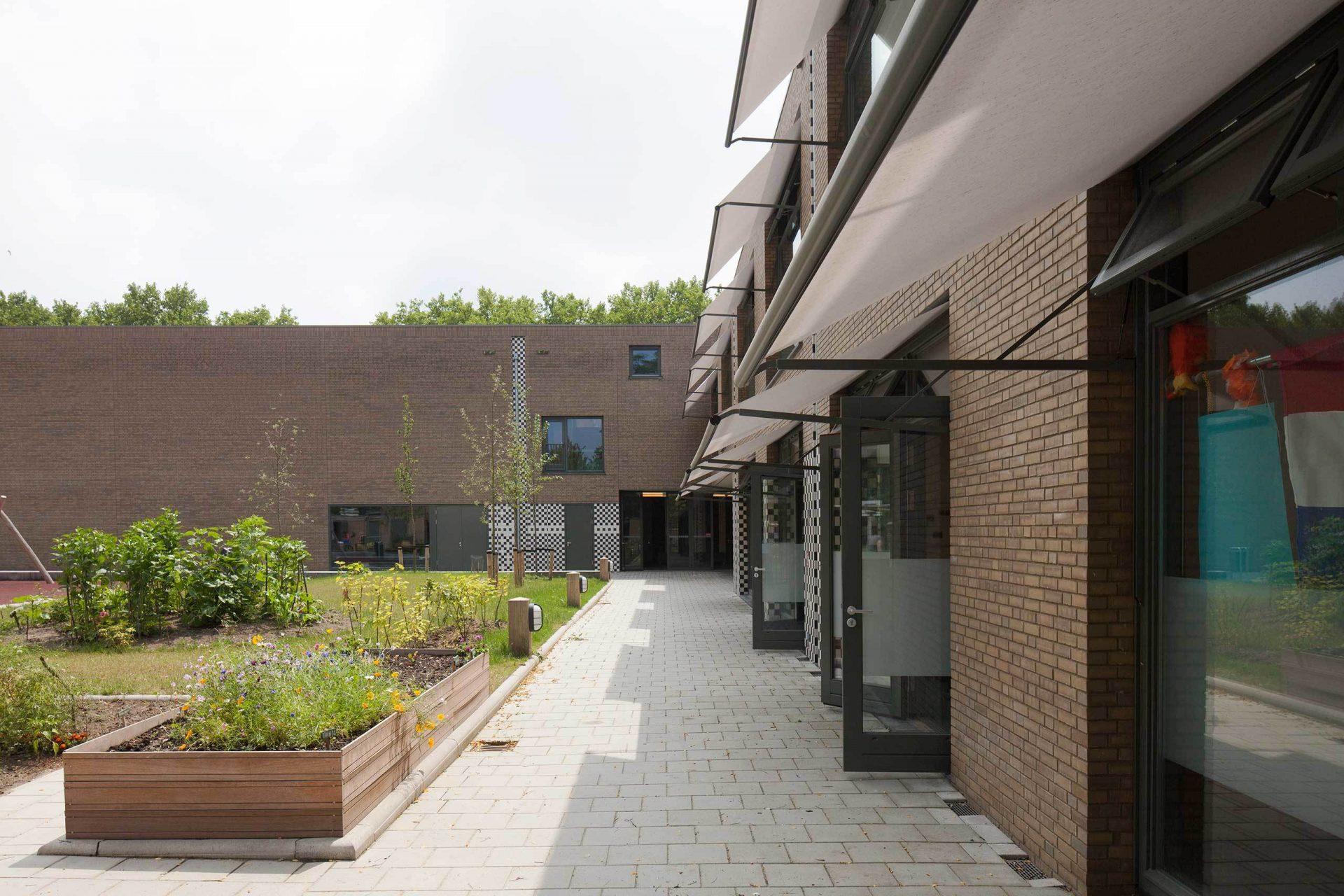 Aj Schreuderschool Garden 1