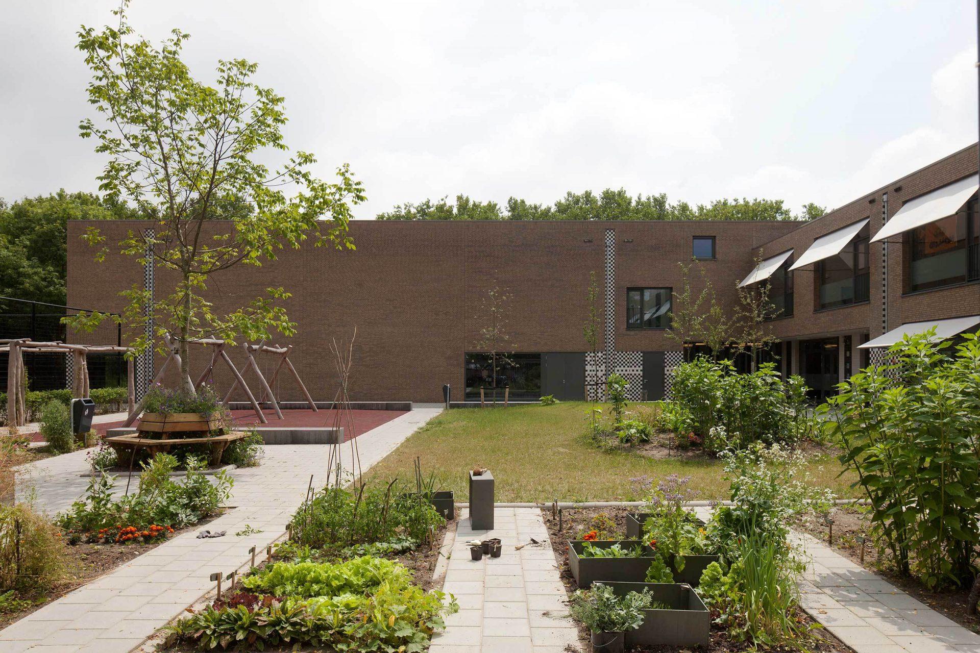 Aj Schreuderschool Garden 3