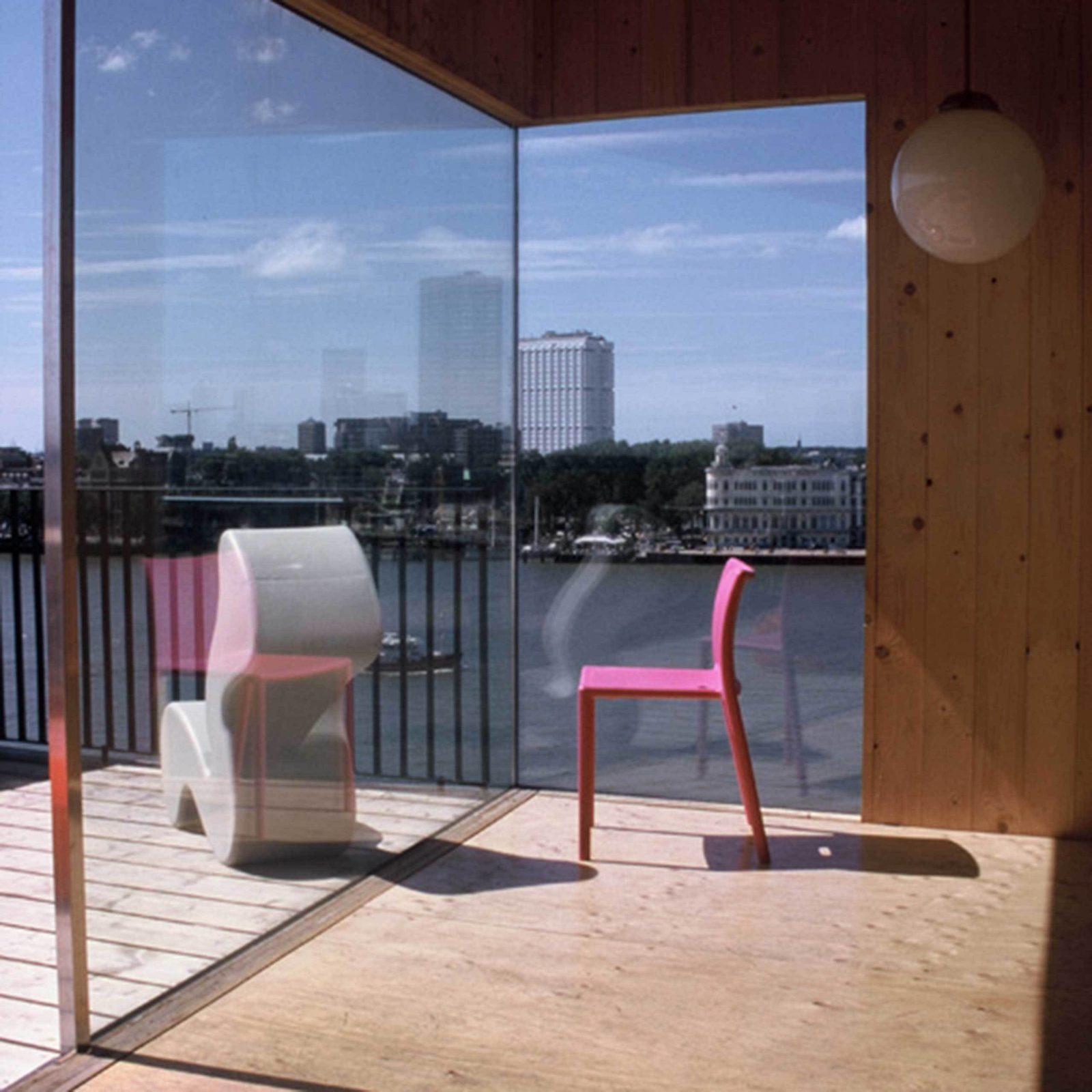 Palmas Interior Pink Chair