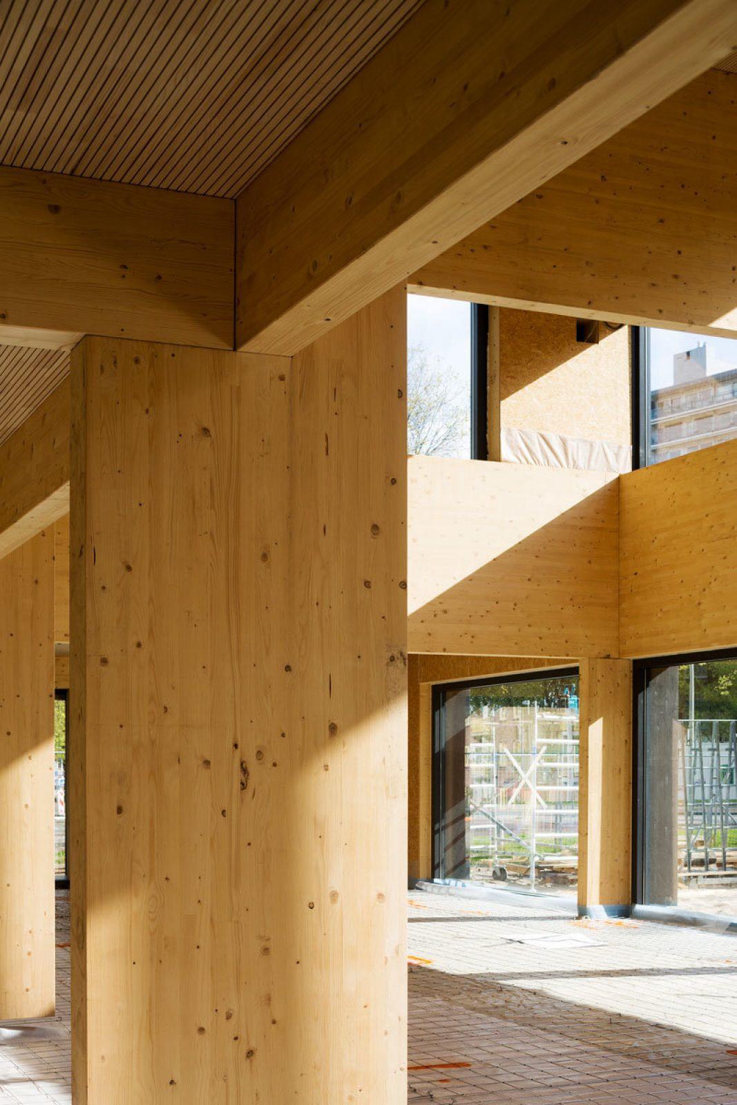 Van Esteren Interior Wood 2